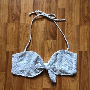 VICTORIA'S SECRET || Lace Bandeau Front Tie Halter